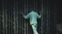 Carax, in the films opening sequence.