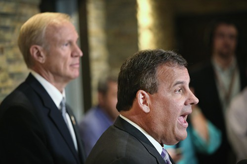 New Jersey Governor Chris Christie joined Bruce Rauner, the GOP candidate for Illinois governor, to engage in a little Pat Quinn bashing.