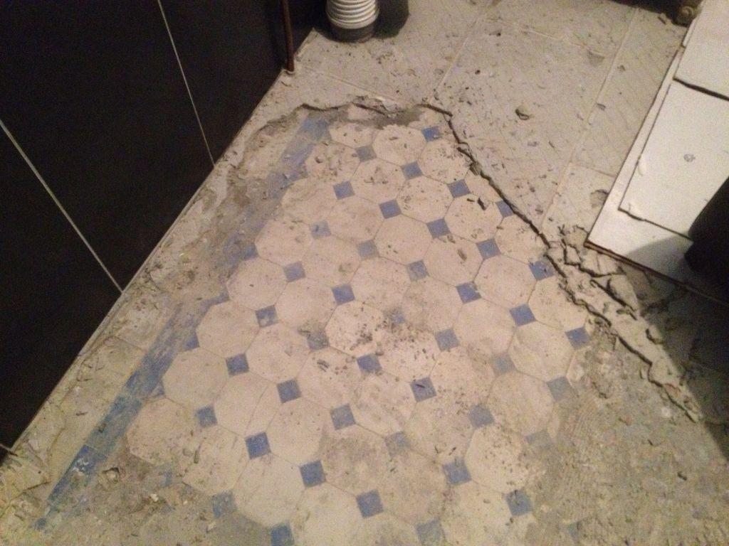 retirer restes de ciment sur carreaux