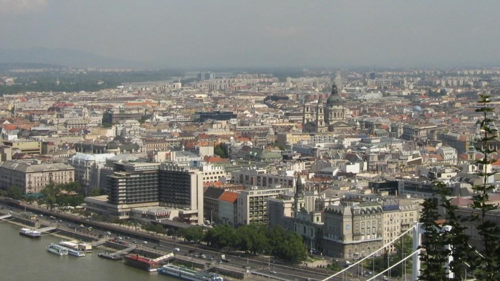 Budapest látképe fotó: s c/freeimages.com