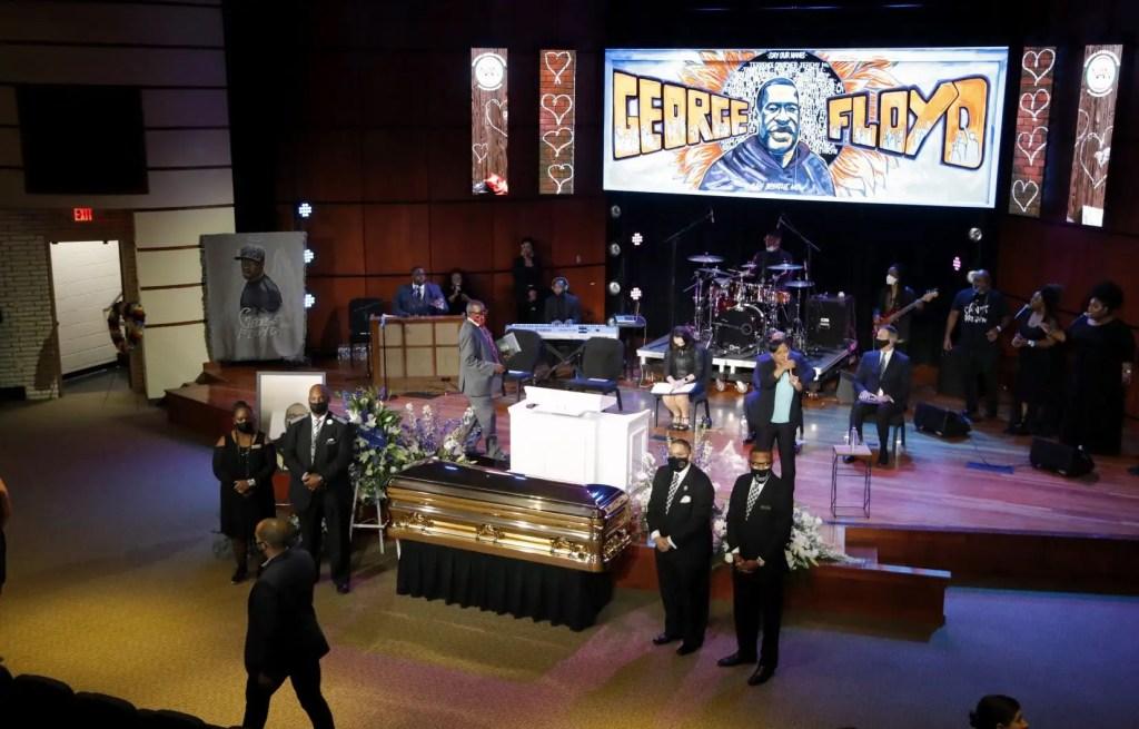 Après la colère, les États-Unis rendent hommage à George Floyd