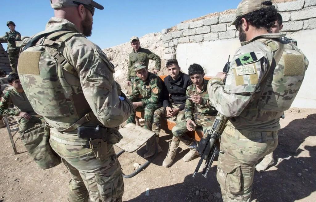 Le Canada réduit le nombre de ses militaires en Irak
