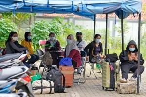 Une lutte inégale contre la pandémie à travers le monde
