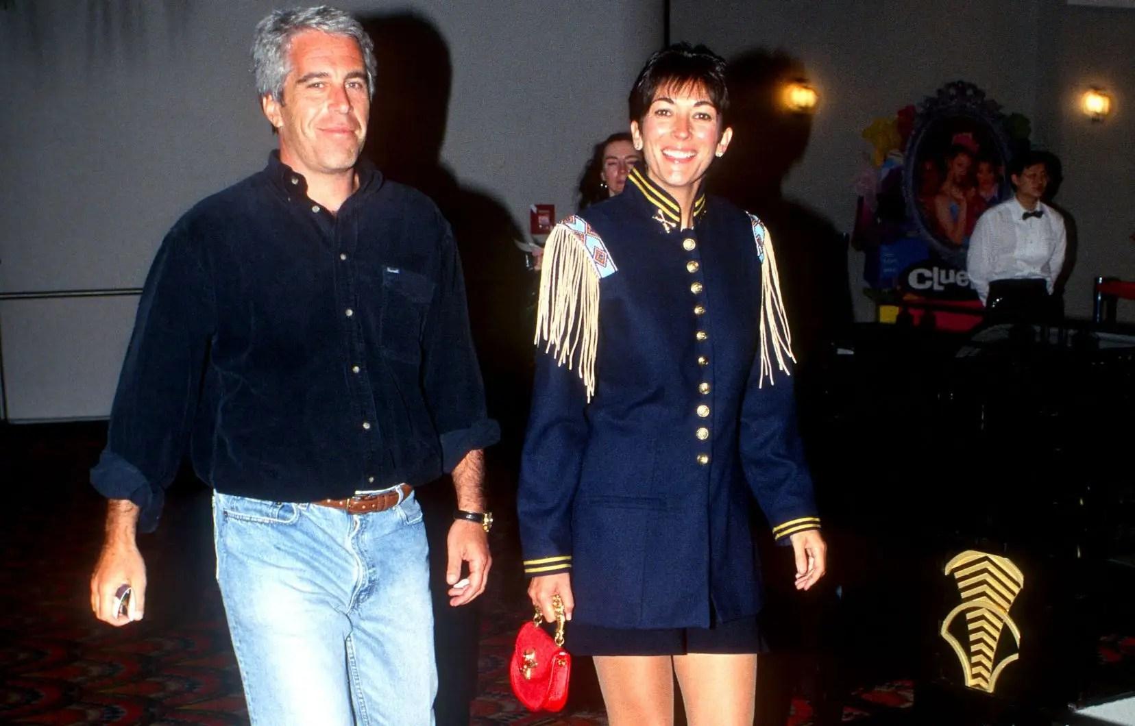 «Epstein's Shadow: Ghislaine Maxwell»: de fille à papa à mère maquerelle
