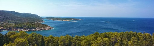 panoramski pogled sa viške tvrđave 2