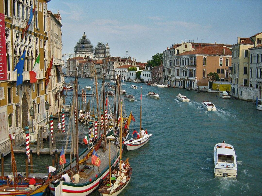 pogled sa Ponte dell'Accademia Venezia