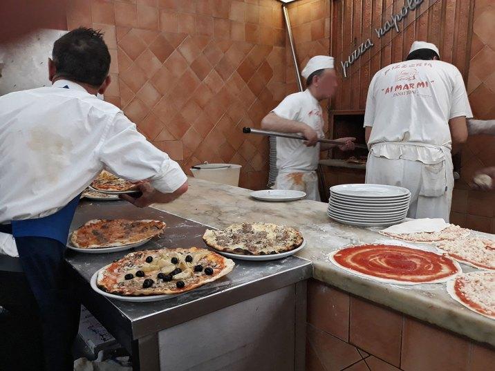 ai-marmi-pizza-in-progress