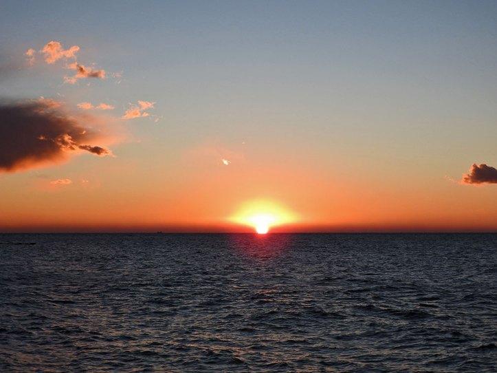 prvi zalazak sunca na moru u 2019