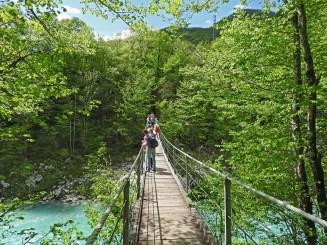 ljuljajući most na Soči