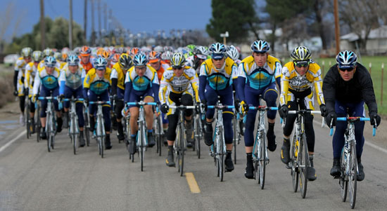 Drafting In Cycling Defined And Picture Of Echelon