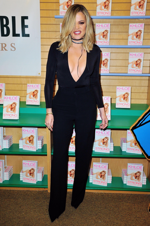 Khloé Kardashian tiene appena la venuta sexy degli aspetti