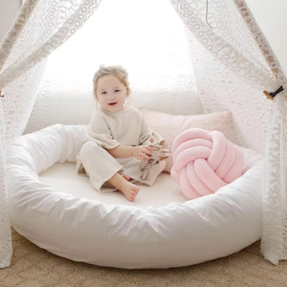 wonder space large round pillow pad