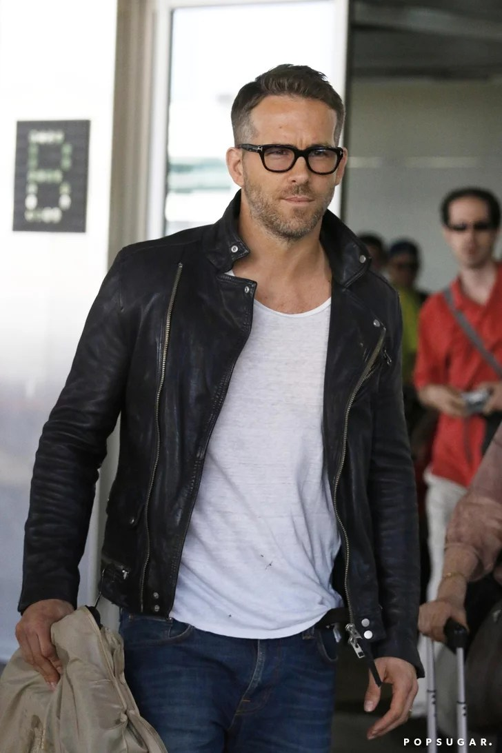 Ryan Reynolds At The Toronto Airport September 2015