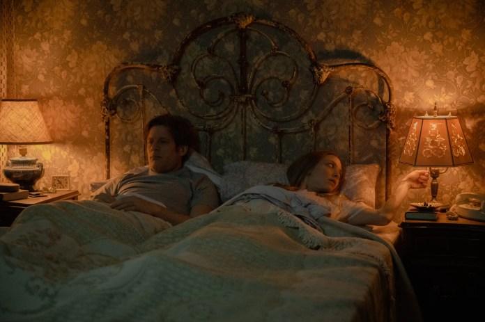 Things Heard And Seen: (L-R) James Norton, as George Clare, Amanda Seyfried as Catherine Clare. Cr. Anna Kooris/NETFLIX © 2020.
