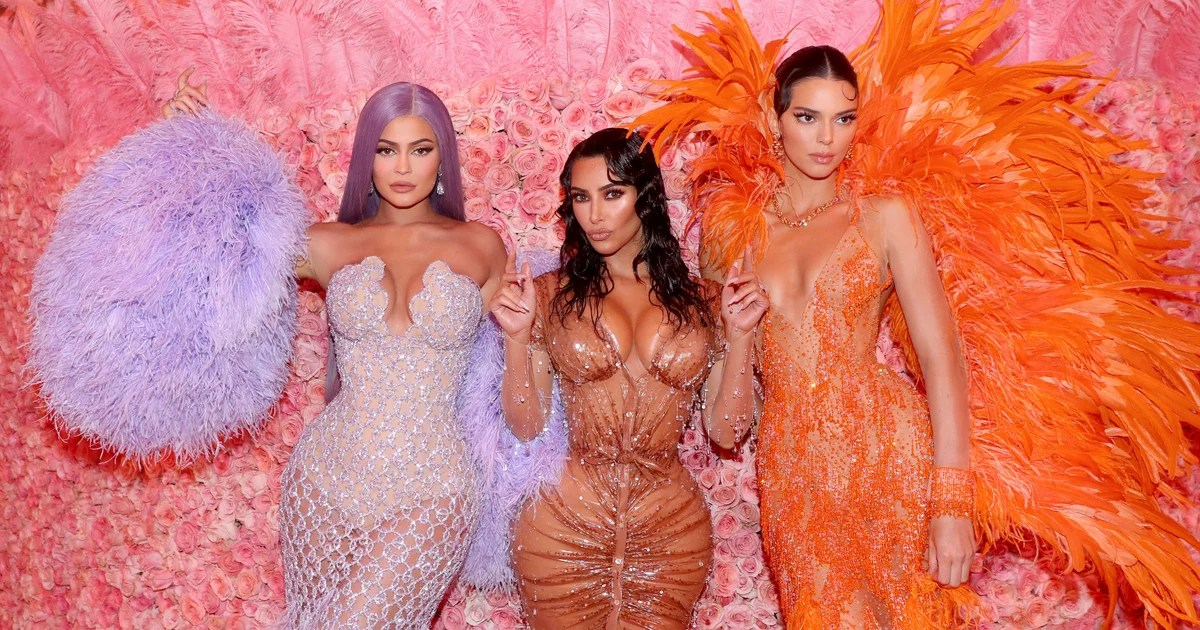 """Met Gala 2020: How to Watch Vogue's Digital Fashion Event """"A Moment With the Met"""""""
