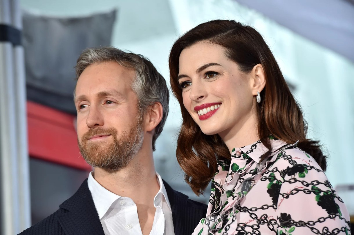 HOLLYWOOD, CALIFORNIA - MAY 09: Anne Hathaway and Adam Shulman attend the ceremony honoring Anne Hathaway with star on the Hollywood Walk of Fame on May 09, 2019 in Hollywood, California. (Photo by Axelle/Bauer-Griffin/FilmMagic)