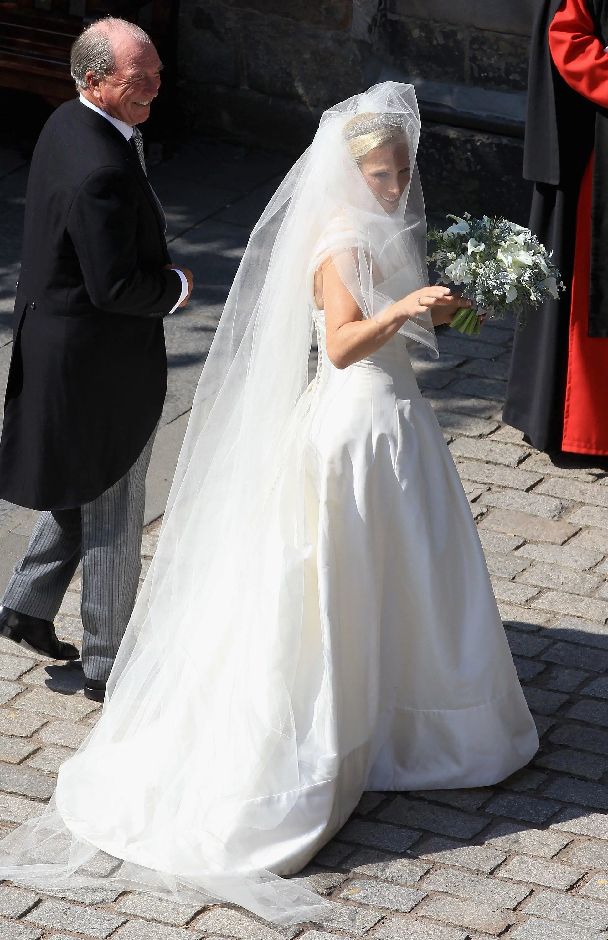 Pictures Of Zara Phillips In Her Wedding Dress Arriving To