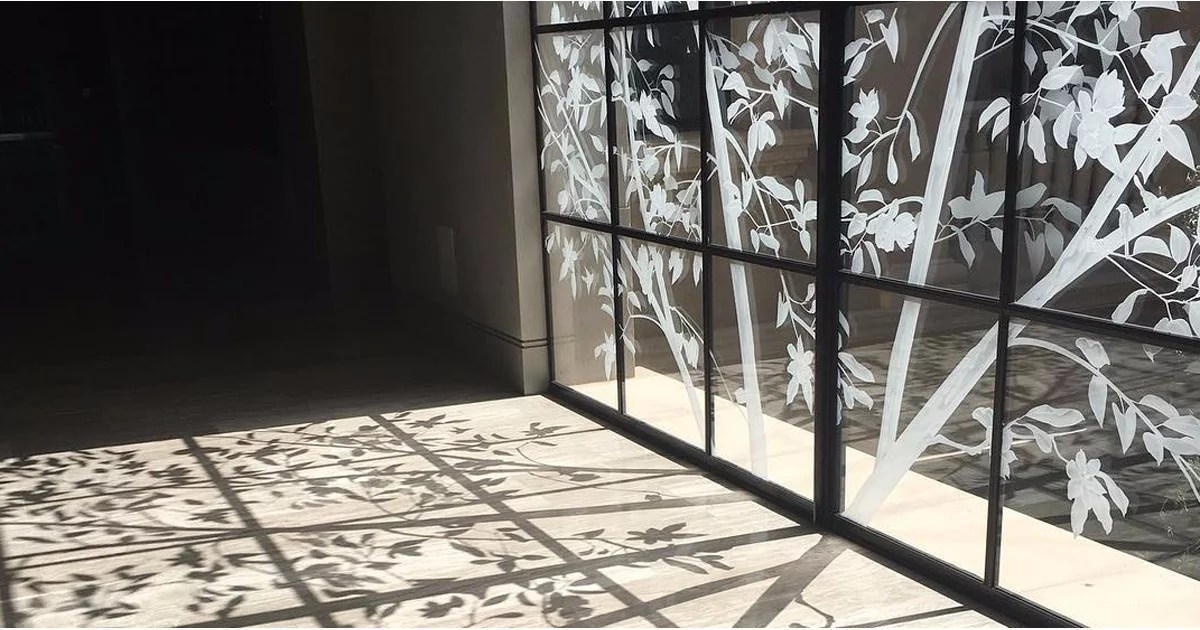 Pictures Of Heather Dubrows Etched Glass Window