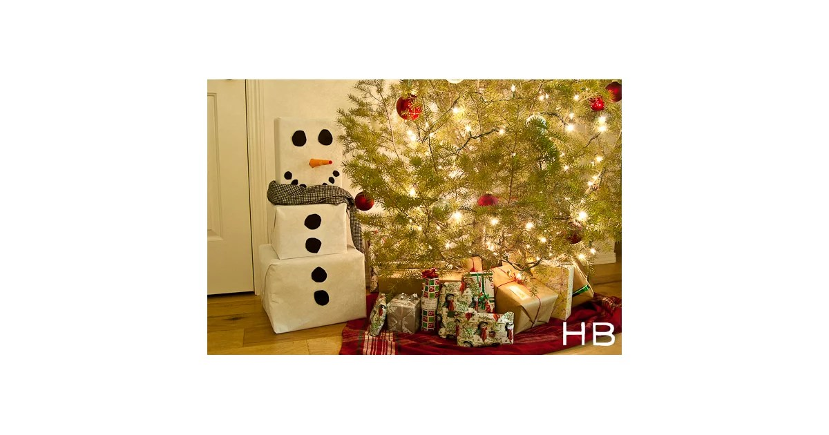 Snowman Gift Tower Cute Christmas Gift Wrap Ideas