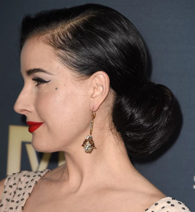 dita von teese | ways to wear hair in chignons and low buns