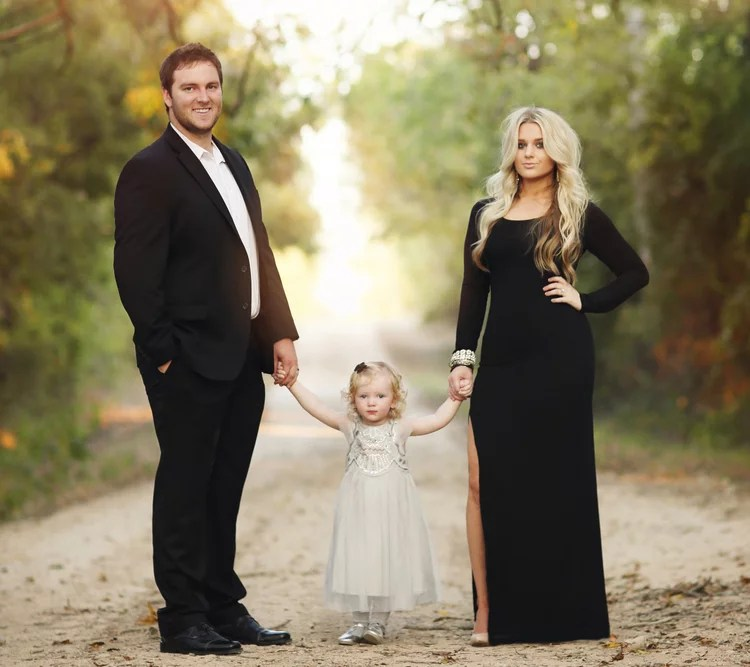 A Formal Family Portrait Christmas Card Picture Ideas