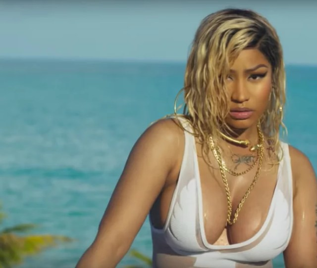 11 Nicki Minaj Videos So Sexy They Could Cartoonishly Break A Thermometer
