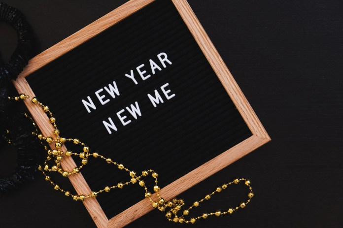 tmp_GRU8DH_2cd3c40c117965f2_new-year-new-me-sign.jpg