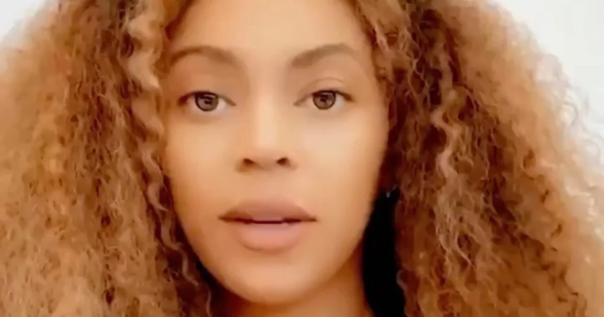 """Beyonc Speaks Out About the Death of George Floyd: """"We Cannot Normalize This Pain"""""""