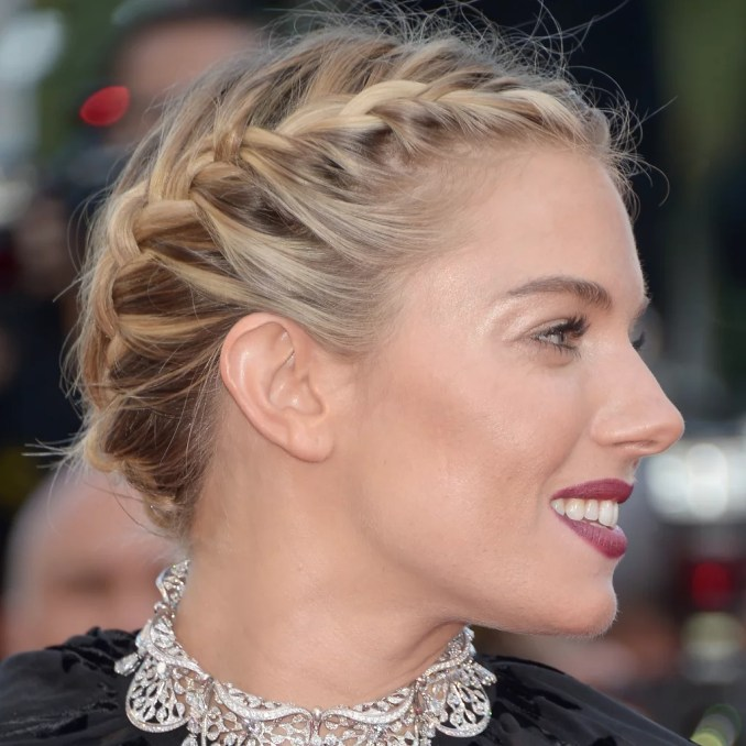 how to do updos for short hair and bobs   popsugar beauty uk
