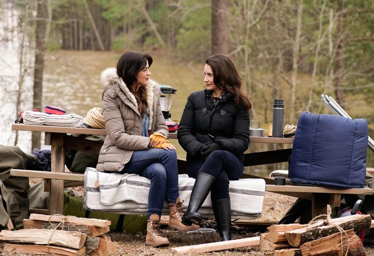 LABOR OF LOVE: L-R: Kristy Katzmann and host Kristin Davis in the