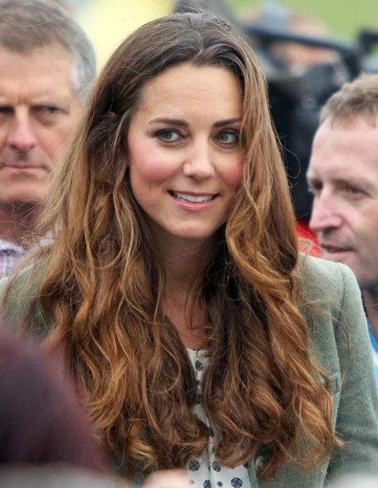 Kate Middleton Curly Hair Pictures At Post Baby Appearance