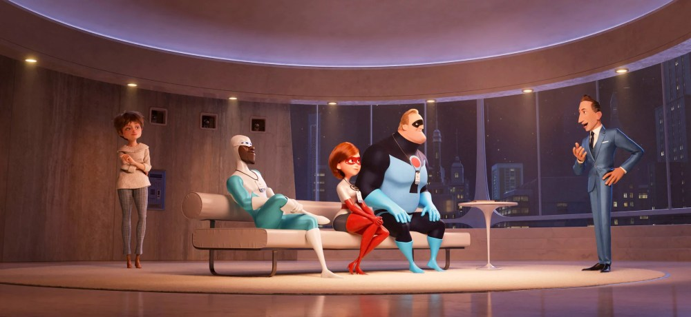 INCREDIBLES 2, from left: Evelyn Deavor (voice: Catherine Keener), Frozone (voice: Samuel L. Jackson), Elastigirl (voice: Holly Huntger), Bob Parr (voice: Craig T. Nelson), Winston Deavor (voice: Bob Odenkirk), 2018.  Walt Disney Studios Motion Pictures /courtesy Everett Collection