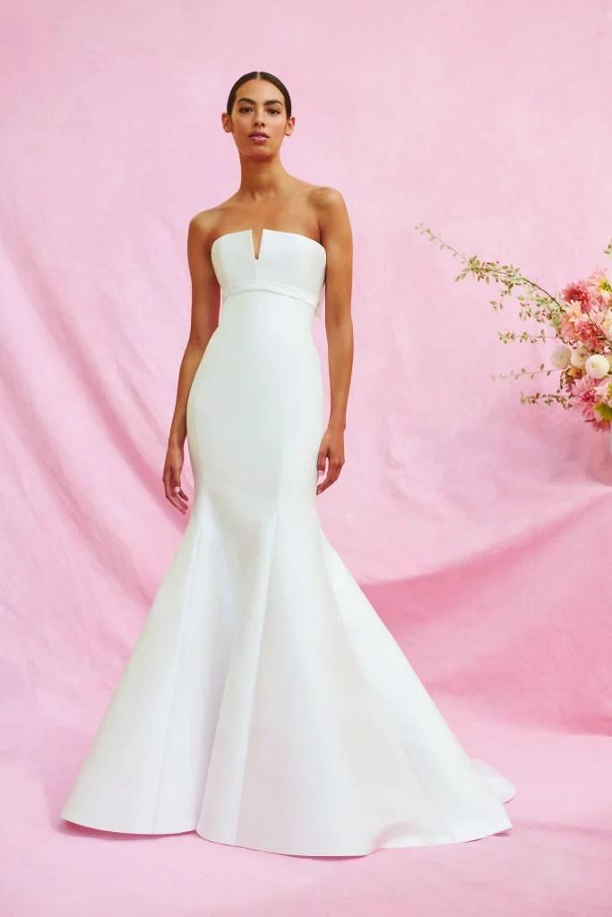 #2020wedding #2020weddingdresses #weddingtrend #weddingdresses #brides #bridalgown #modernwedding