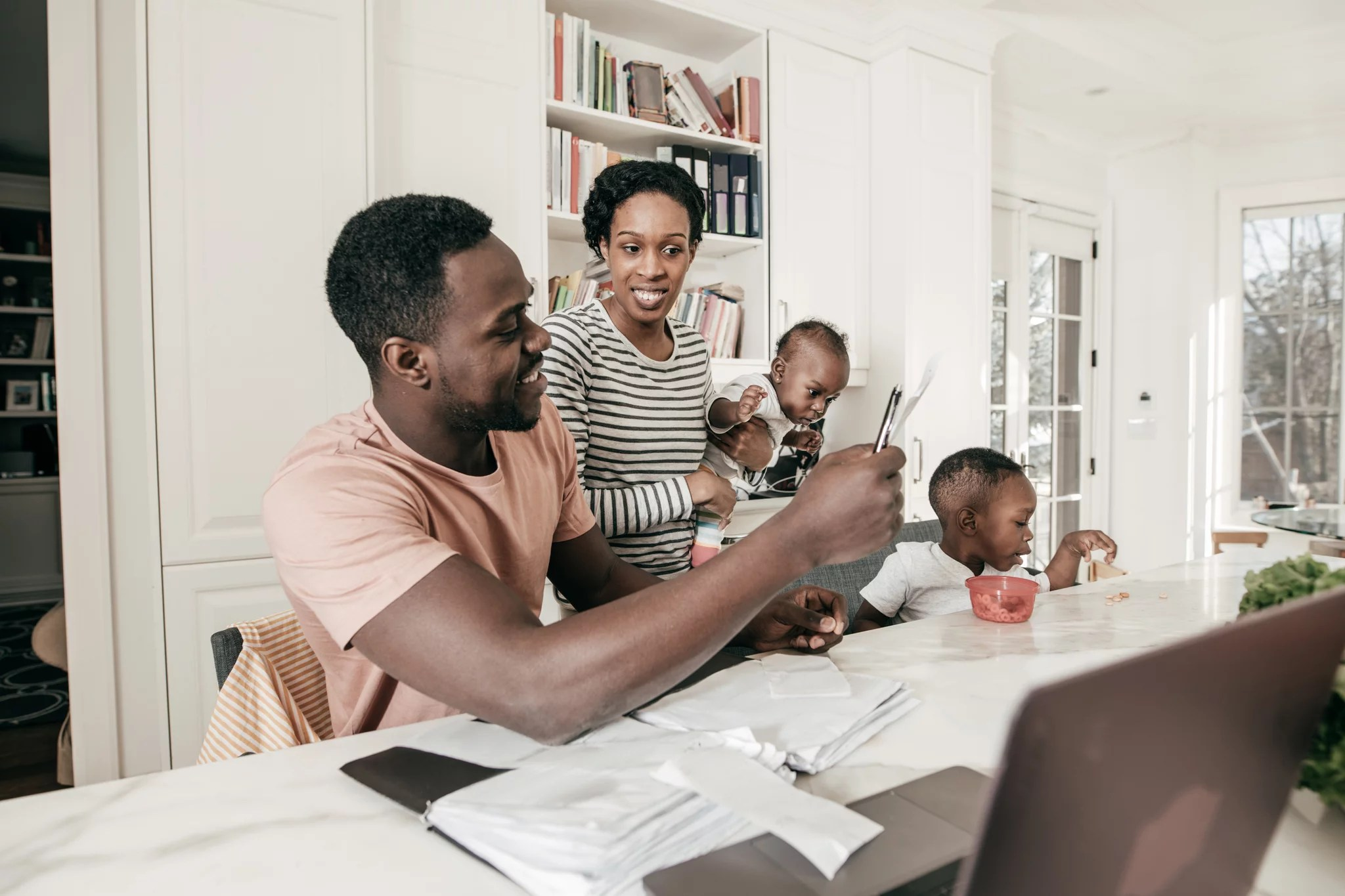 How Weekly Budget Meetings Helped My Family S Finances