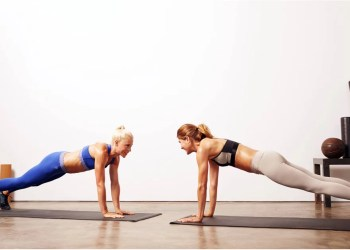 I Did a 1-Minute Plank Every Day For a Week  Here's What Happened