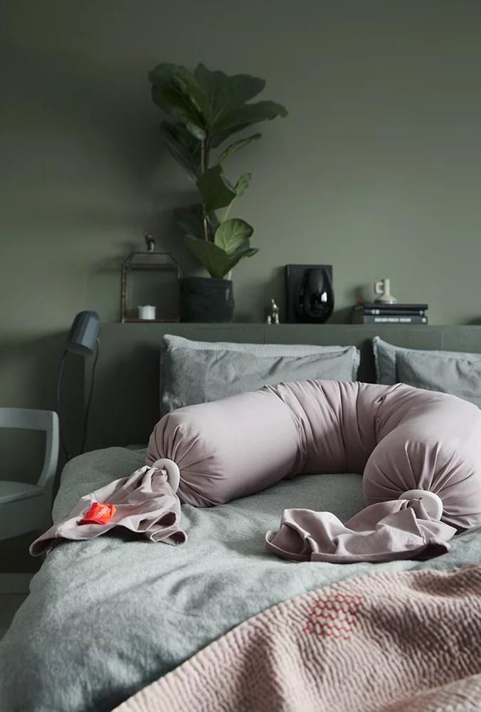 bbhugme pregnancy pillow review