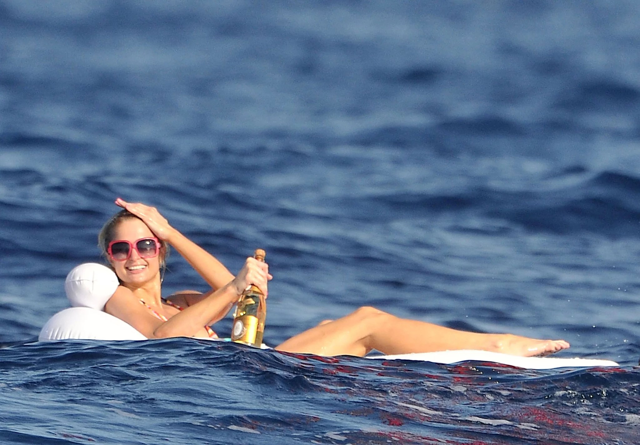 Pictures Of Paris And Nicky Hilton In Bikinis POPSUGAR