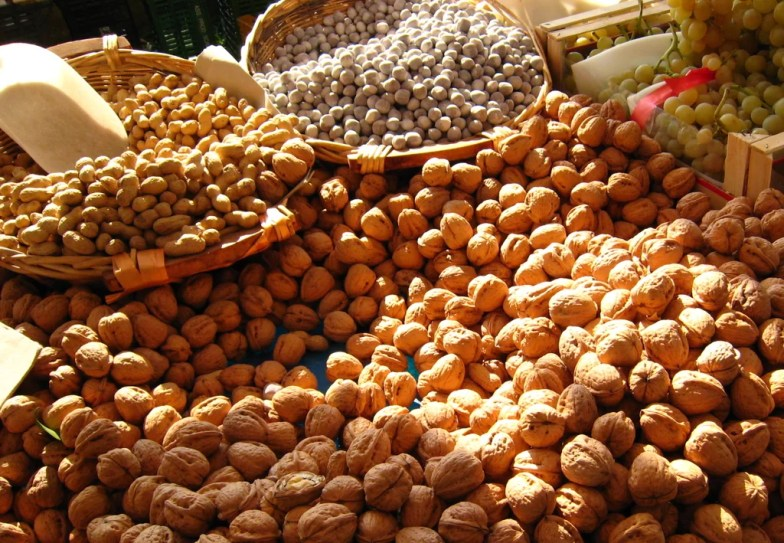 What to Eat: Nuts