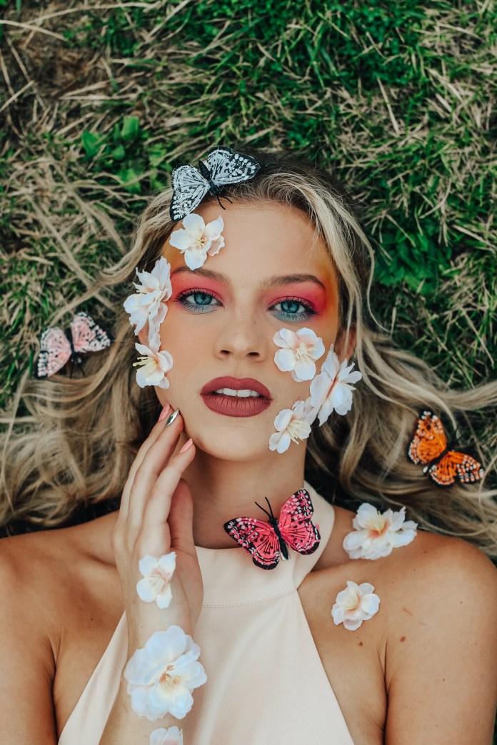 Make-up Artist Makes use of TikTok to Educate on Ulcerative Colitis