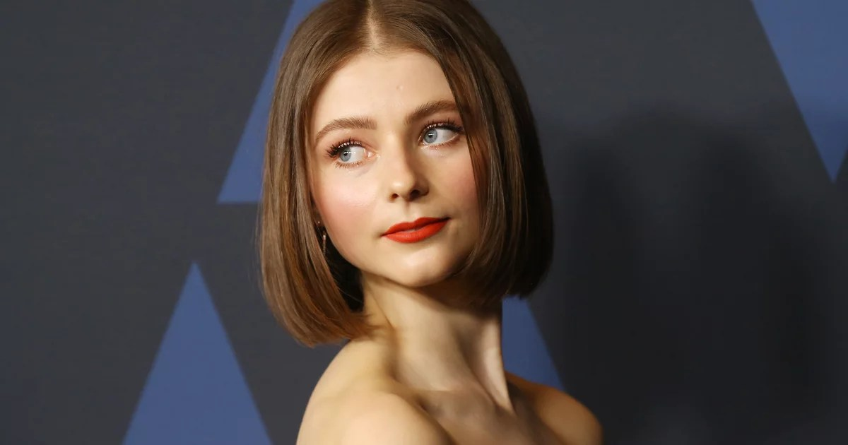 , 7 Facts About Thomasin McKenzie That Prove She's One to Watch, Nzuchi Times National News