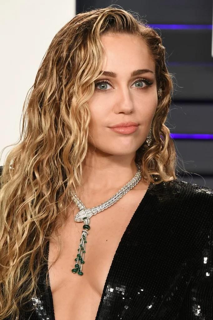 Miley Cyrus Vanity Fair Oscar Party Dress 2019 POPSUGAR