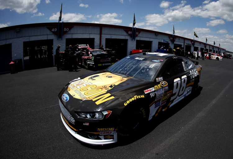 Very Pit Stop | Dogecoin NASCAR Pictures | POPSUGAR Tech ...