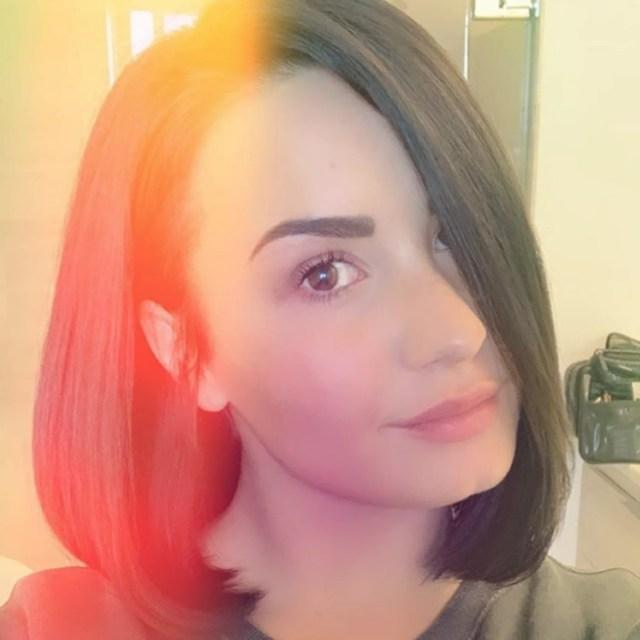 demi lovato short haircut april 2019 | popsugar beauty