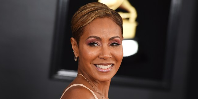 jada pinkett smith's hair is back to '90s blond
