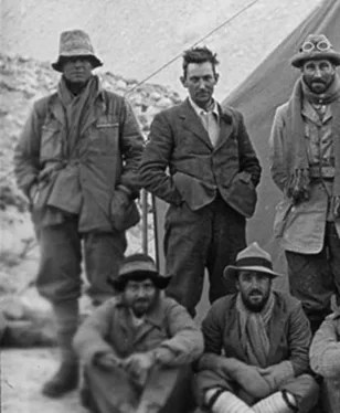 Image: Members of 1924 Mount Everest expedition