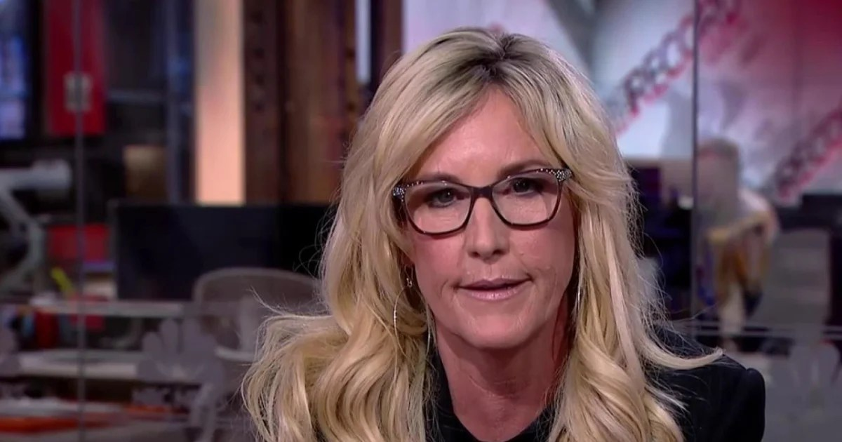 Erin Brockovich S New Fight Toxins At Military Bases