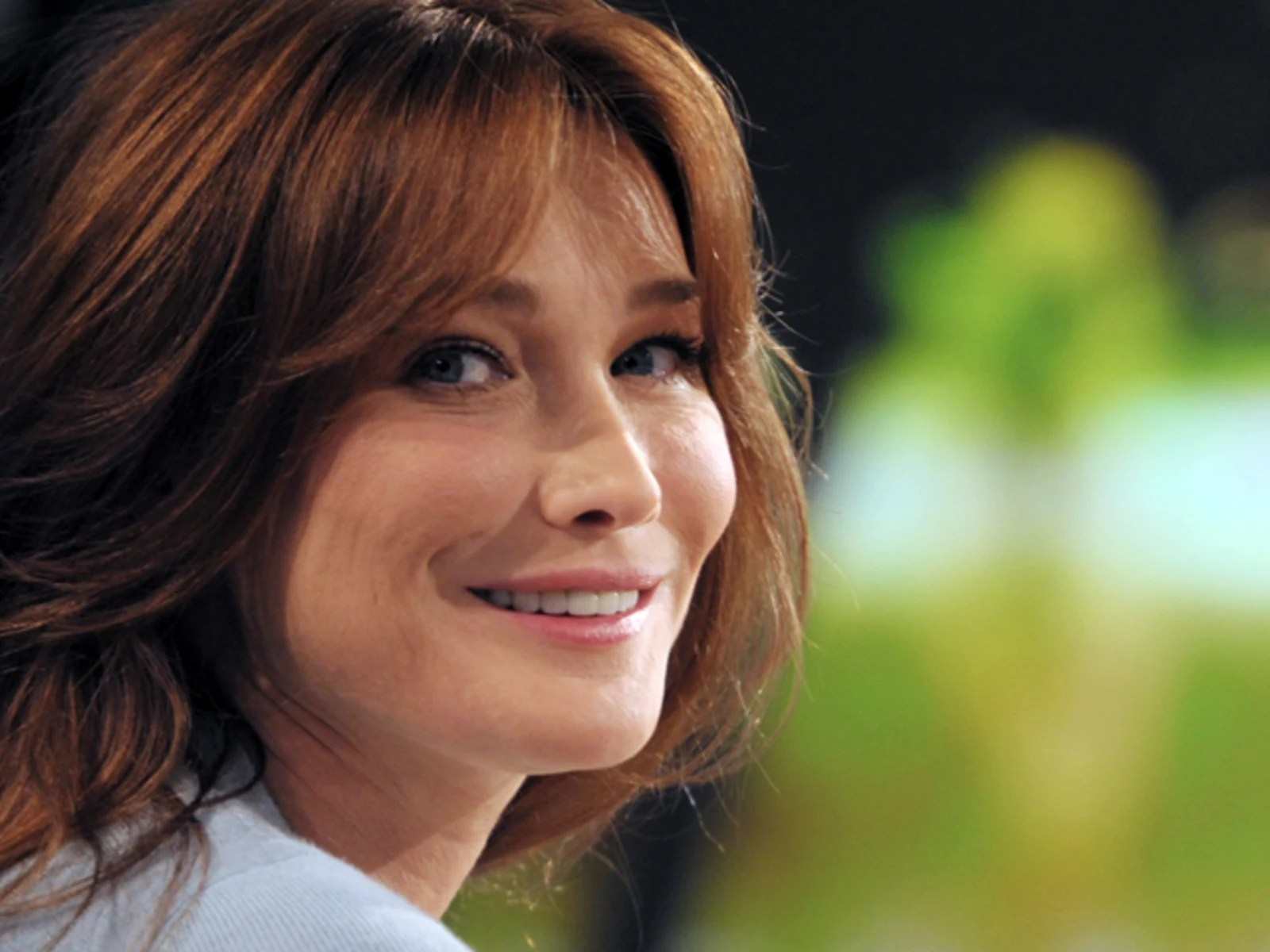 Carla Bruni I Dont Miss Being First Lady Of France