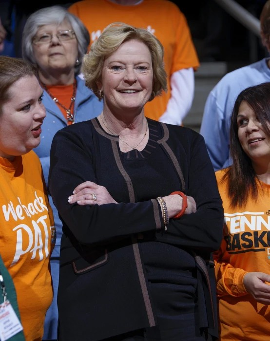 Image: Basketball coach Pat Summitt dead at 64