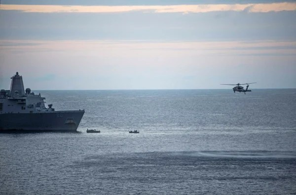 Image: Search and rescue efforts for three missing US Marines after Osprey incident