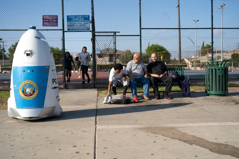 HP RoboCop patrols the park, but is confined to the concrete sidewalks.